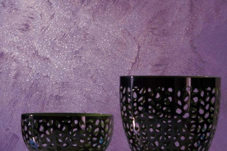 Декоративна фарба з ефектом сяйва